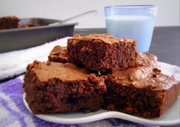 Recipe: Fudgy Quinoa Brownies