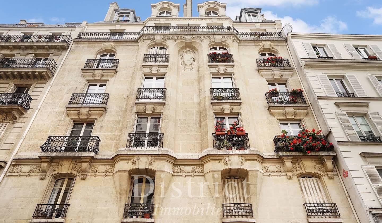 Bien atypique Paris 6ème