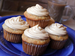Banana Muffins With Peanut Butter Cream Filling Recipe