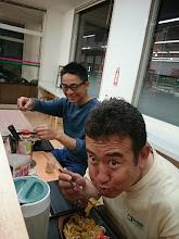 """Photo: このお二人です。 タナカさんと変態の""""サクライさん""""!"""