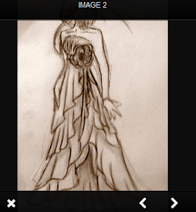 Módní návrhářské šaty - náhled