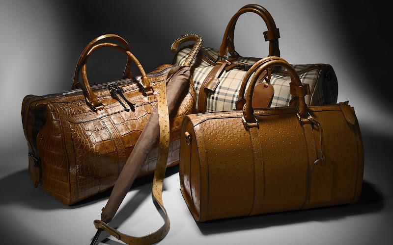 Photo: Men's Leather Holdalls