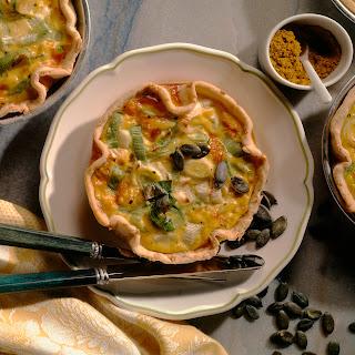 Porree-Quiche mit Erdnüssen