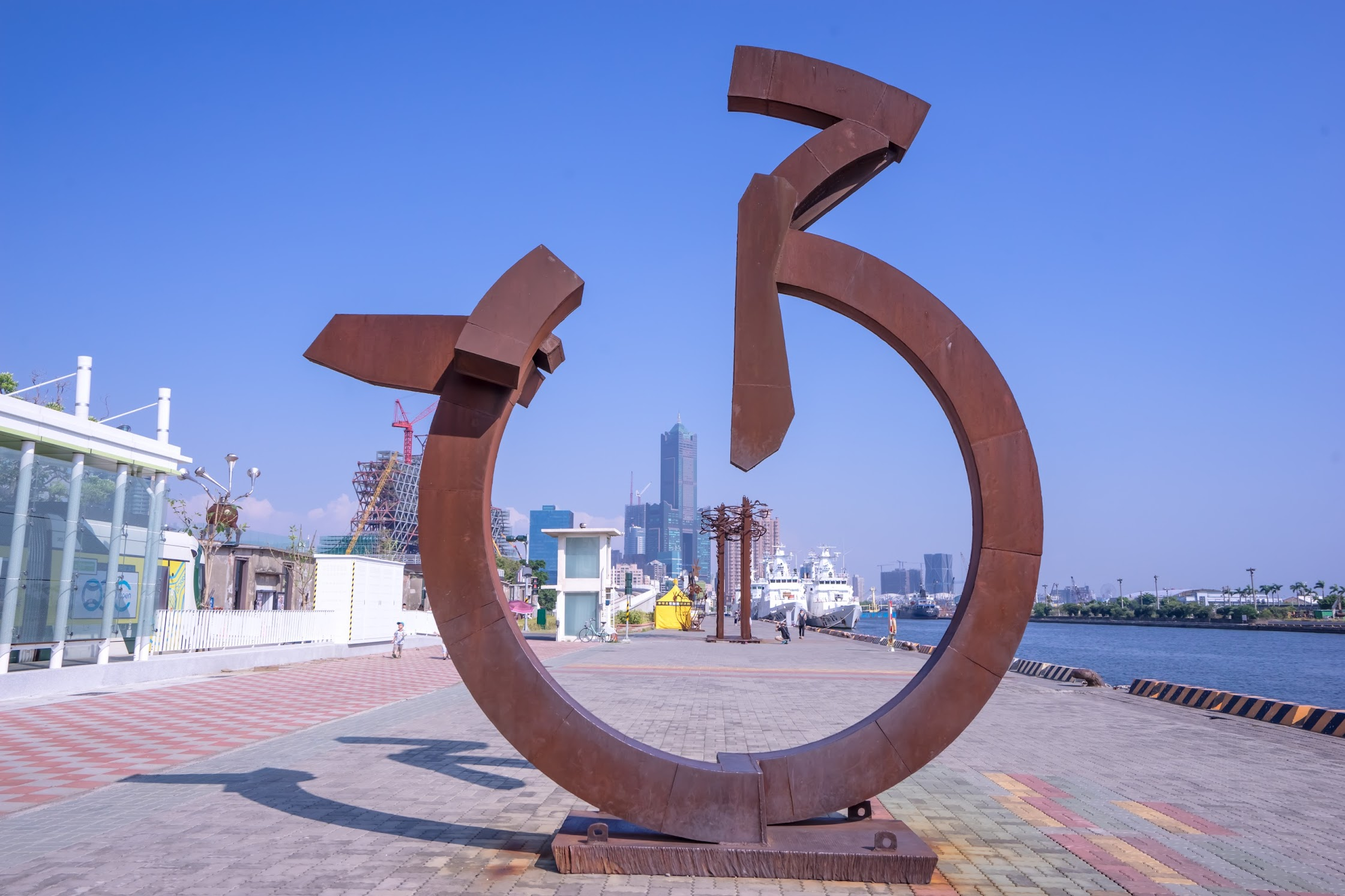Kaohsiung Pier-2 Art Center7