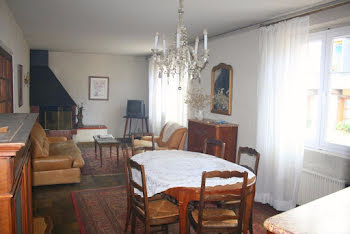 appartement à Mur-de-Barrez (12)