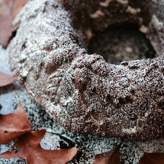 Autumn Spiced Pumpkin Hot Chocolate Bundt Cake – #BundtBakers