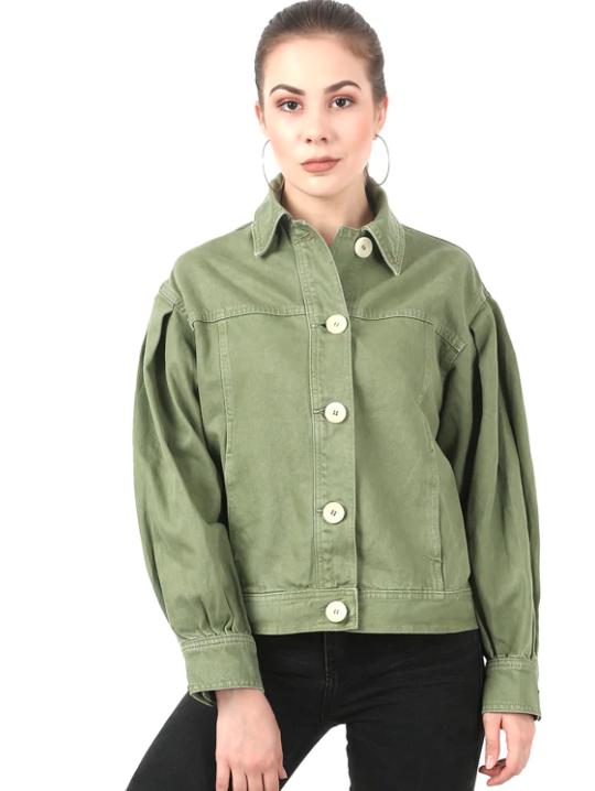 must-haves-for-winter-wardrobe_women_denim_jacket
