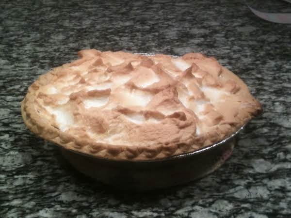 Mom's Rhubarb Custard Pie Recipe