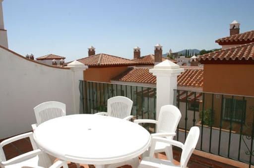 Apartamento 2 Dormitorios R164 Calle Lucena nº 17 - Residencial Aljamar 7B