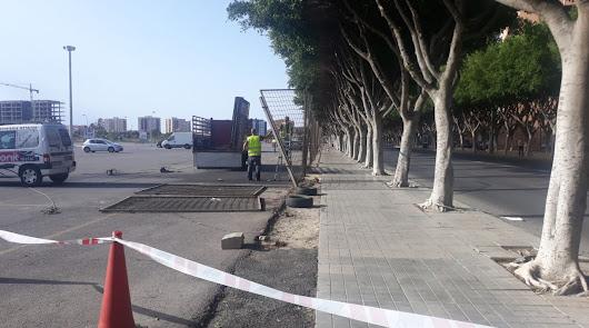 Adiós al vallado deteriorado de la Avenida del Mediterráneo