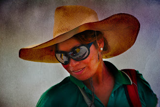 Photo: Your mirror in my glasses  #sunglassessunday +Jonathan F Miller +Sunglasses Sunday   #mirrormonday +Elizabeth Edwards and me  #textureblendphotography   #people #hat
