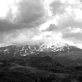 Sierra Nevada View III by Joatan Berbel - Black & White Landscapes ( spain, mountain, view, granada, andalucia, paysage, black and white, landscape )