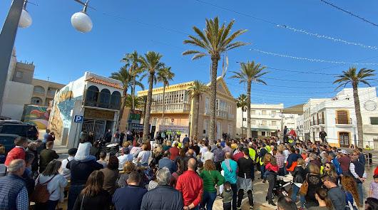 """""""El futuro está en juego"""": cientos de vecinos, contra el cierre de la central"""