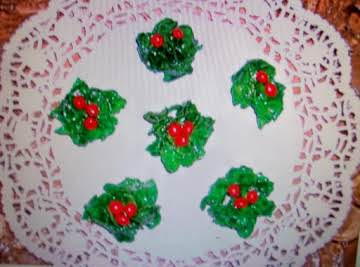 Christmas HOLLY Cookies   NO BAKE by Freda