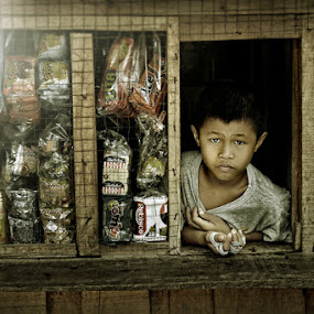 by Rodel Cabantac - Babies & Children Child Portraits