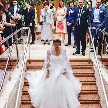 Wedding photographer Max Bukovski (MaxBukovski). Photo of 12.02.2018