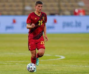 """Praet mikt meteen hoog bij zijn vuurdoop en stelt de Belgische fan gerust: """"Hij staat heel scherp"""""""