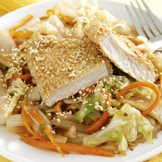Pork with Cabbage and Carrot Noodles