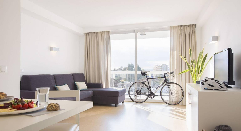 Las Gaviotas Suites Hotel & Spa