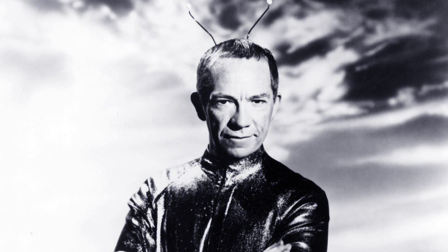 Watch My Favorite Martian live