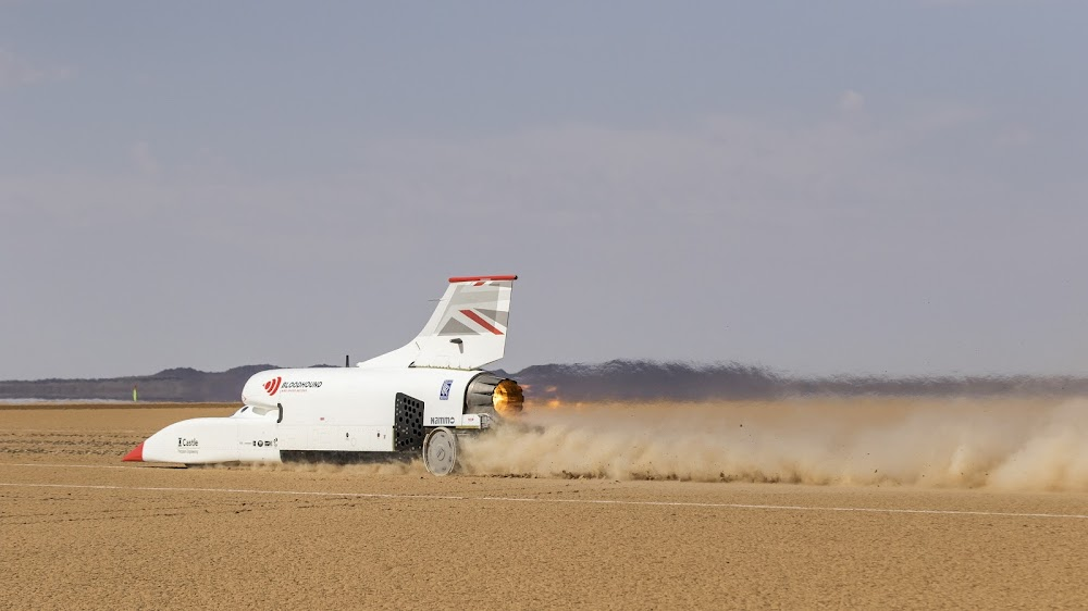 WATCH | How does Bloodhound stack up against other fast cars?