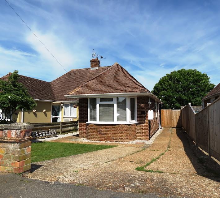 Retirement Bungalows For Sale: HartColeman Estate Agents Hailsham, Eastbourne