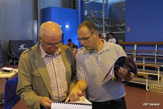 Photo: Les documents sont déjà analysés... !