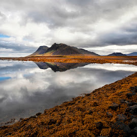 Morning Mirror by Þorsteinn H. Ingibergsson - Landscapes Waterscapes ( sky, mountain, reflection, nature, þorsteinn h ingibergsson, iceland, structor, clouds, landscape )
