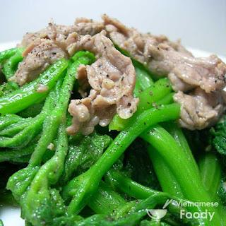 Vietnamese Stir-fried Vegetables with Fish Sauce (Rau Xao Recipe).