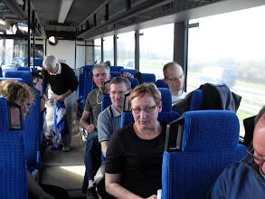 Photo: Hygge på hjemturen i bussen