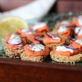 Crispy Potato Bites with Smoked Salmon and Creme Fraiche