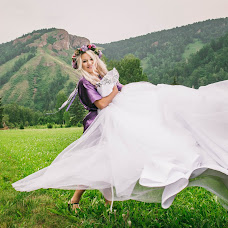 Wedding photographer Tatyana Savickaya (tan880). Photo of 09.07.2015