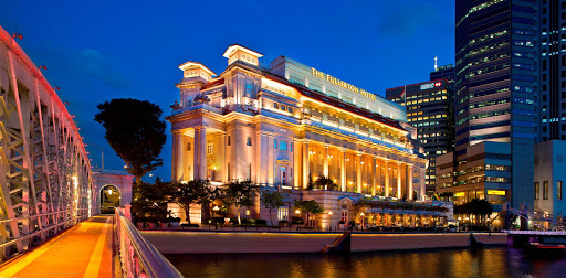 fullerton-hotel-Singapore.jpg - The landmark Fullerton Hotel, located in downtown Singapore.