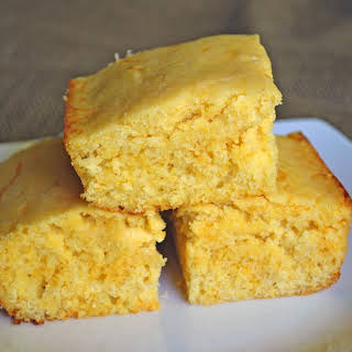 Moist and Fluffy Cornbread.