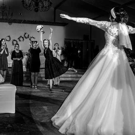 Wedding photographer Marius Stoian (stoian). Photo of 19.02.2018