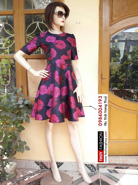Váy xòe phồng vải tafta họa tiết hoa hồng V338 tại Hải Phòng