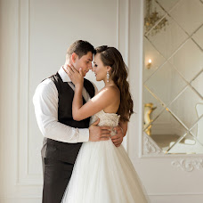 Wedding photographer Anastasiya Kostina (anasteisha). Photo of 25.09.2017