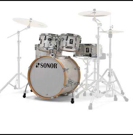 Sonor AQ2 - 20/10/12/14/14s. Finish: White Pearl