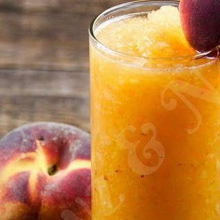 Georgia Peach Smoothie Cocktail.