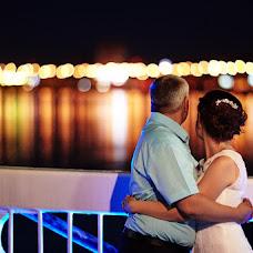 Wedding photographer Vitaliy Bartyshov (Bartyshov). Photo of 02.10.2015