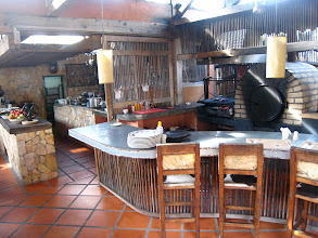 Photo: The open kitchen at Queareparaenamorarte.