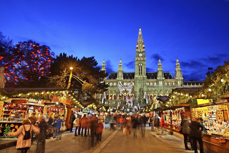 Mercadillo de Navidad en Viena delante del Rathaus, Ayuntamiento