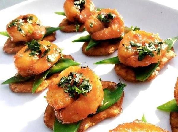 Preheat deep fryer to 320 degrees.   Add moist shrimp to ingredient 2....