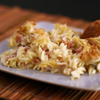 Ham, Swiss, and Pasta Casserole