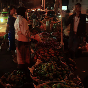 Tradional Market by Sony Arezki - People Street & Candids