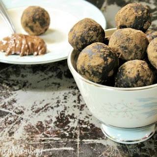 Healthy Nutella Protein Balls