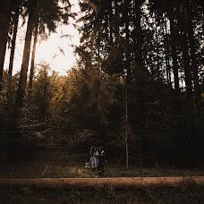 Wedding photographer Simona Toma (JurnalFotografic). Photo of 10.10.2019