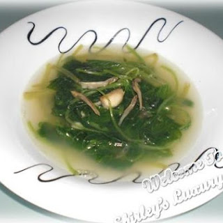 Mom's Spinach Soup With Anchovies.