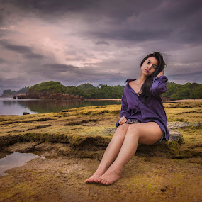 on the beach by ARE Samudra - People Portraits of Women ( malang, model, woman, beach, nikon, landscape, portrait )