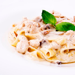 a la Pasta with chicken and mushrooms just 6 minutes.